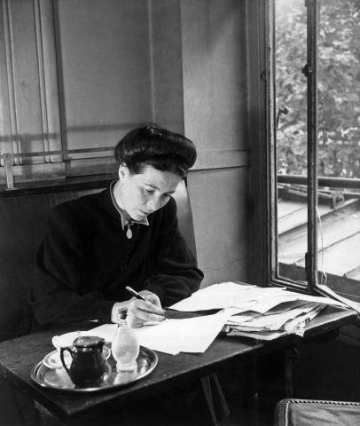Remarkable Women of France – Simone de Beauvoir