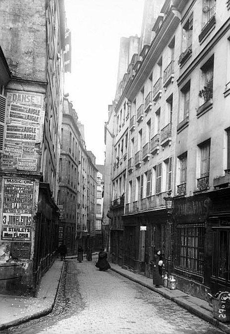 Paris: Street by Street – La Rue de Lanneau